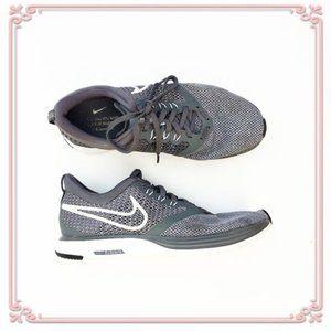 Nike Zoom Running Grey White Tennis Shoes breathe